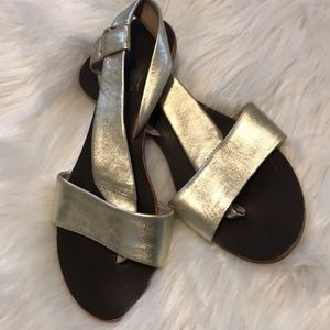 F r e e  P e o p l e • Gold strap sandals